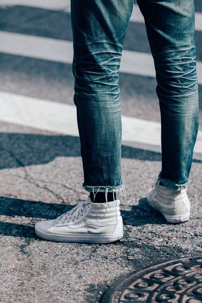 Cool street fashion, Sneakers