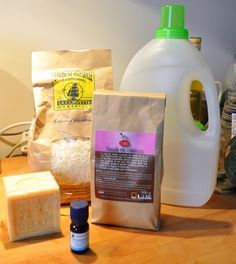 fabrication lessive maison un bidon de 3l ou plus 100g de savon de marseille 50g de. Black Bedroom Furniture Sets. Home Design Ideas