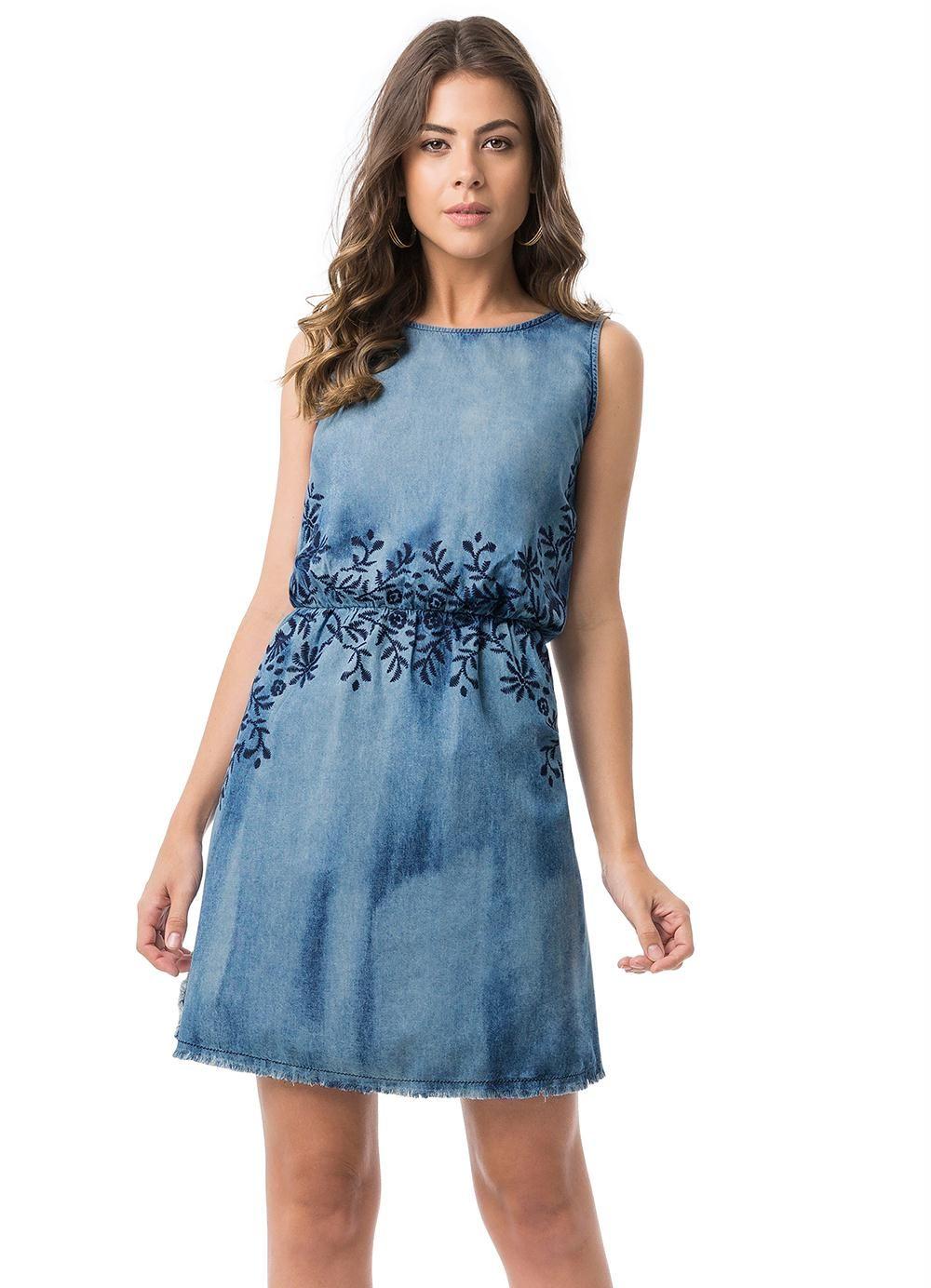 Vestido Jeans Evasê com Estampa Lunender - Posthaus  01308b72533