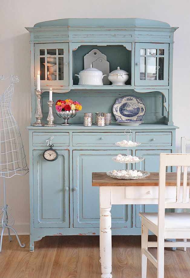 Buffet Kuechenschrank In Tuerkis By Bleu Et Rose Bleu Buffetkuechenschrankintuerkis Fur Shabby Chic Kitchen Chic Furniture Diy Furniture Building
