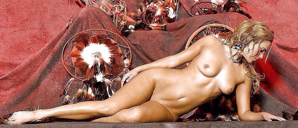 amateur petite slut naked