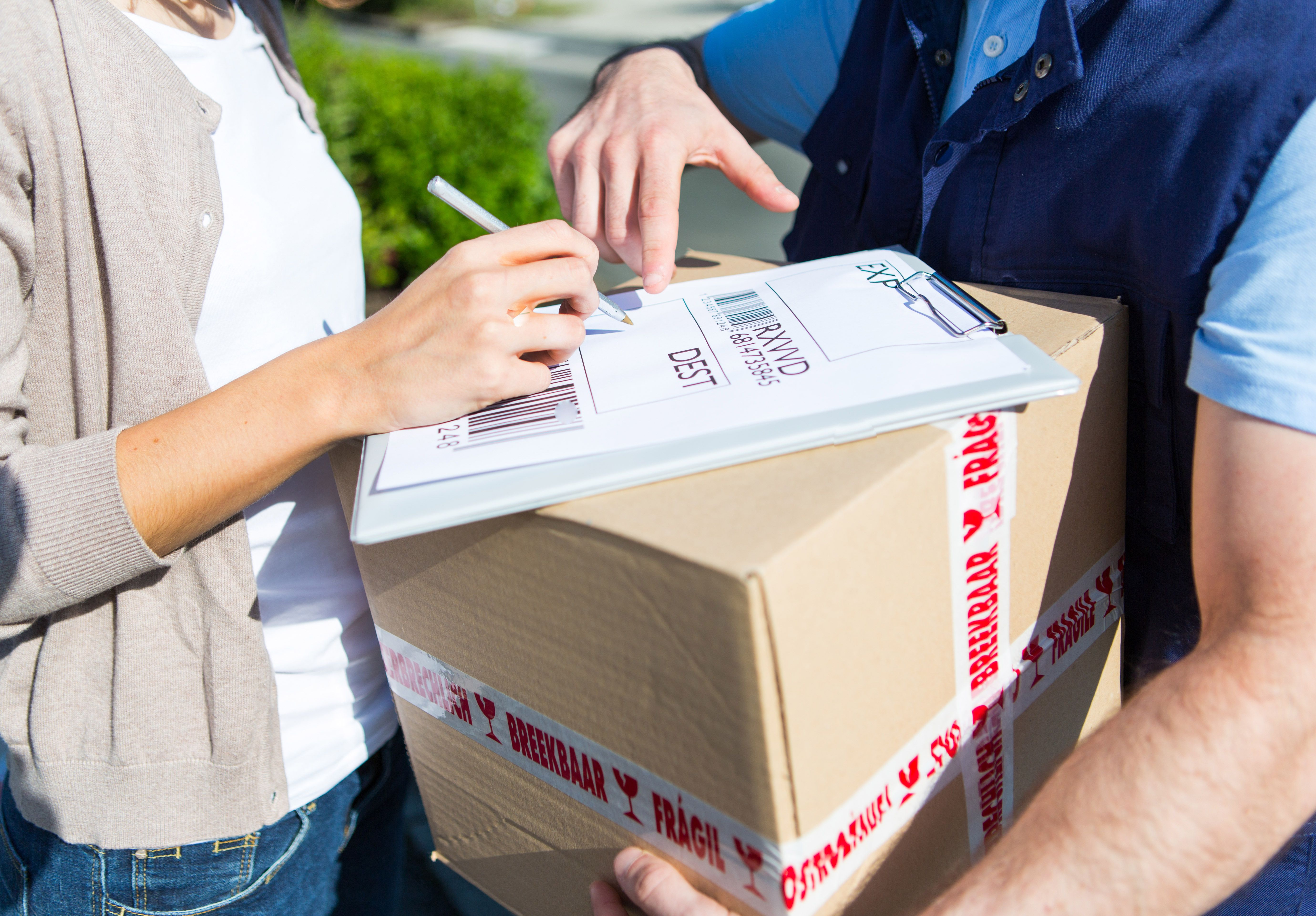 Send Your Parcels With Pakke Dk We Offers You Affordable