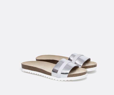 Minimal + Classic: Bio sandals with white sole and upper trim - OYSHO #aritziacleanslate