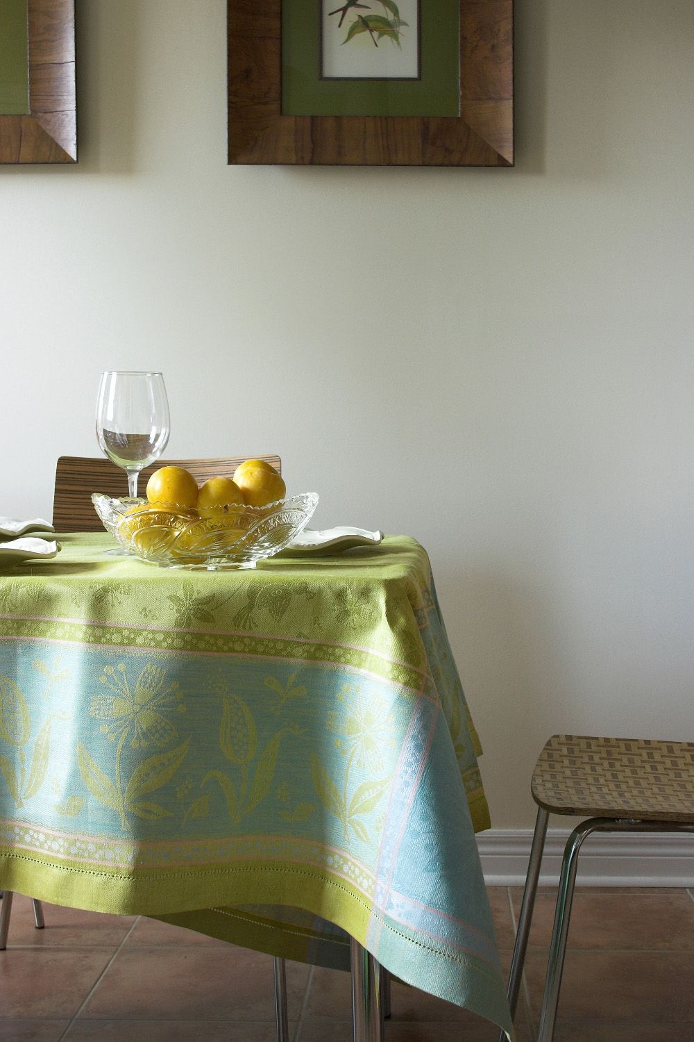 #LinenWay #Linen #Tablecloth #Linen Tablecloth # Hemstitching #Bright Color Tablecloth #Spring Summer Tablecloth