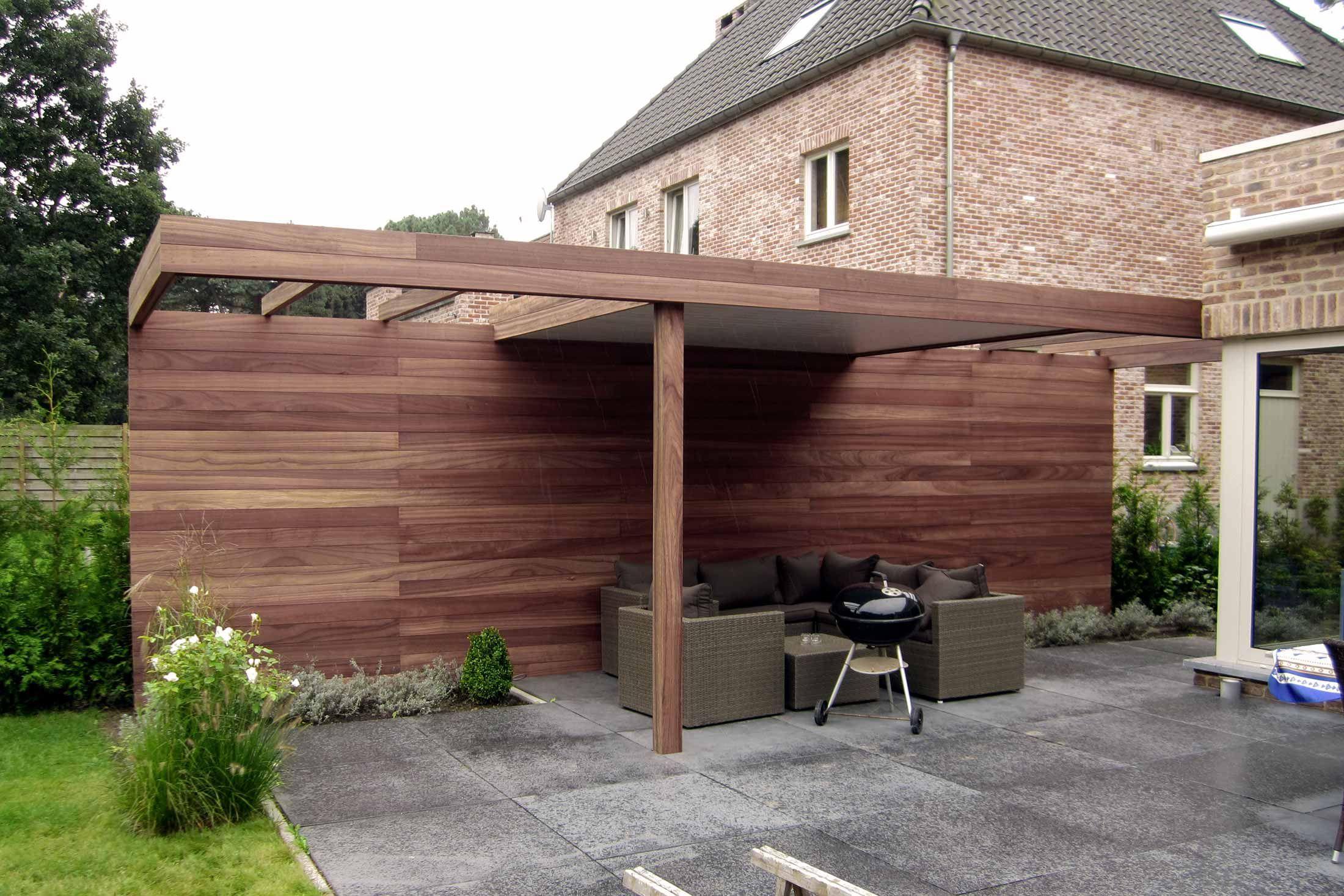 Houten terrasoverkapping met open structuur in padoek - Regio ...