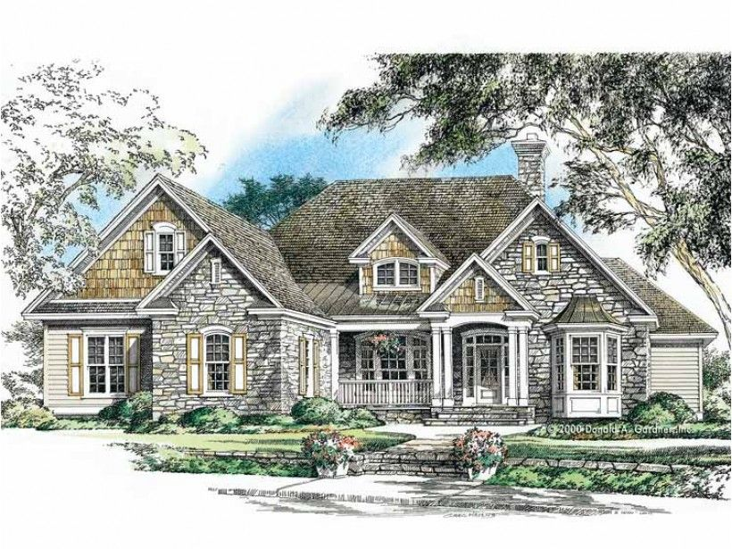 Craftsman House Plan with 2353 Square Feet
