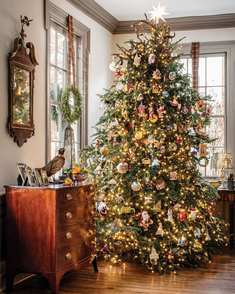 Holiday Decorating Holiday Home 2019 Cottage Journal You Can Never Go Wrong With Beloved Family Ornaments D In 2020 Christmas Decorations Christmas Christmas Tree