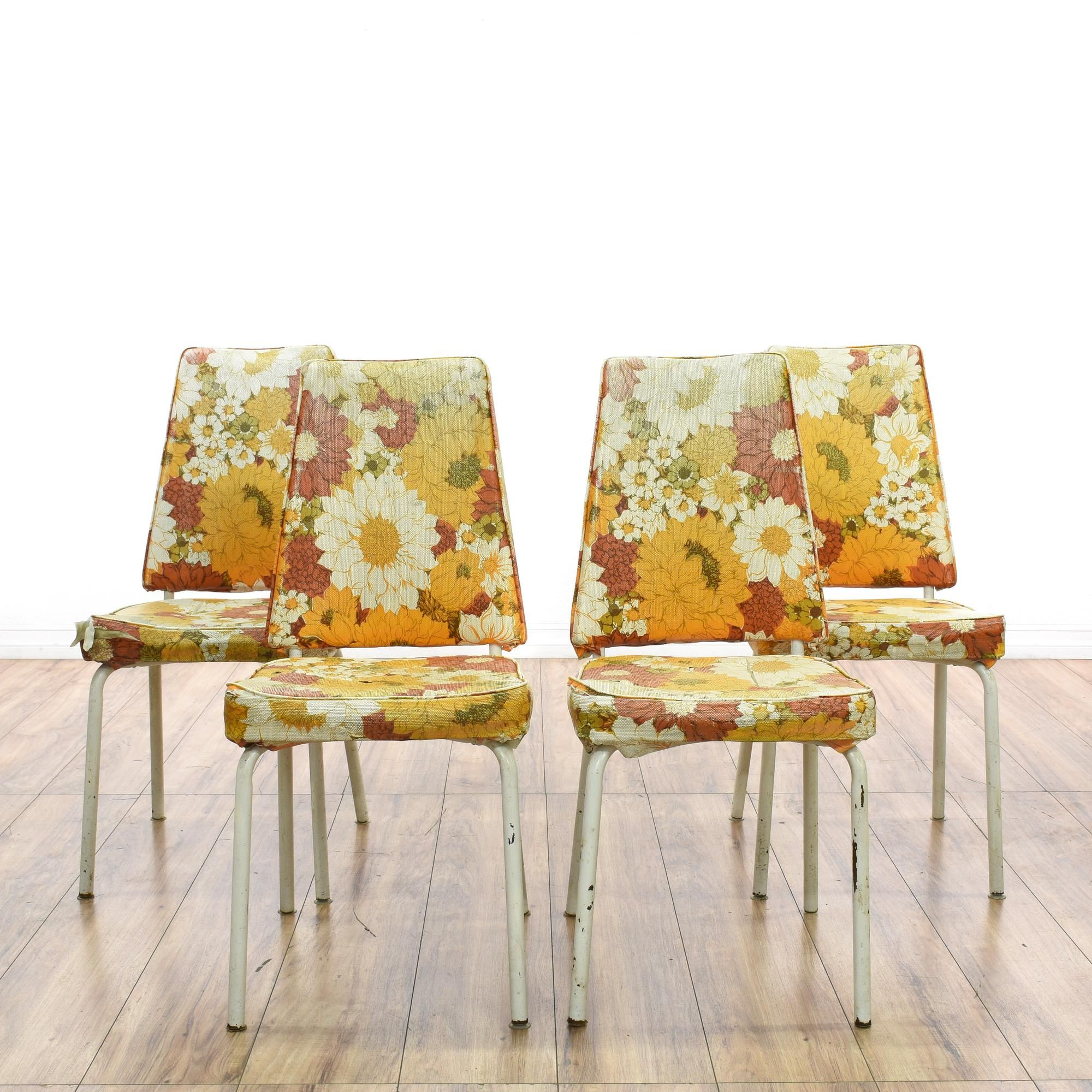 Awesome This Set Of 4 Kitchen Chairs Is Featured In A Shiny White Metal. Each  Mid Century Modern Style Dining Chair Has Orange Floral Upholstery With  Piping, ...
