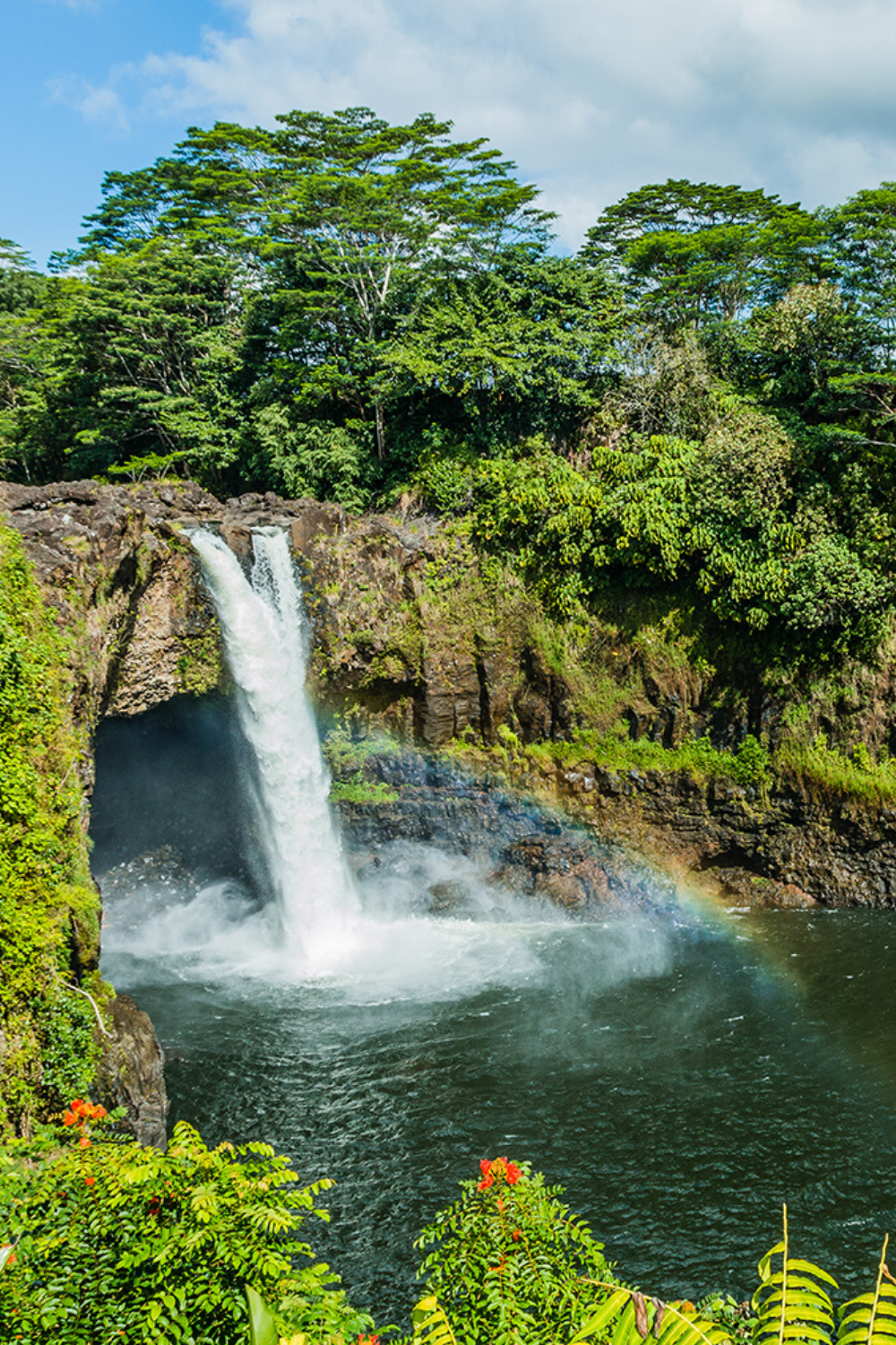 Your Guide To Hilo On Hawaiʻi Island In 2020 Scenic Waterfall Hawaii Waterfalls Hawaii Island