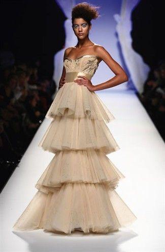 Abiti Da Sera Gattinoni.Fabulous Gattinoni Gown Fave Myblog Colored Wedding Dresses