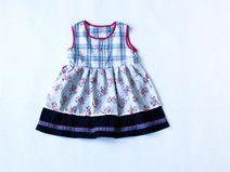 Verspieltes Kleid - Dirndl Look - Größe 104