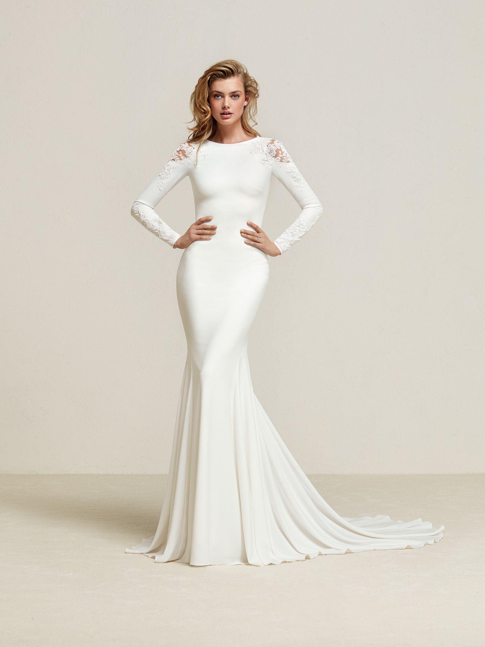 Dreide elegant mermaid style wedding dress in long sleeves and