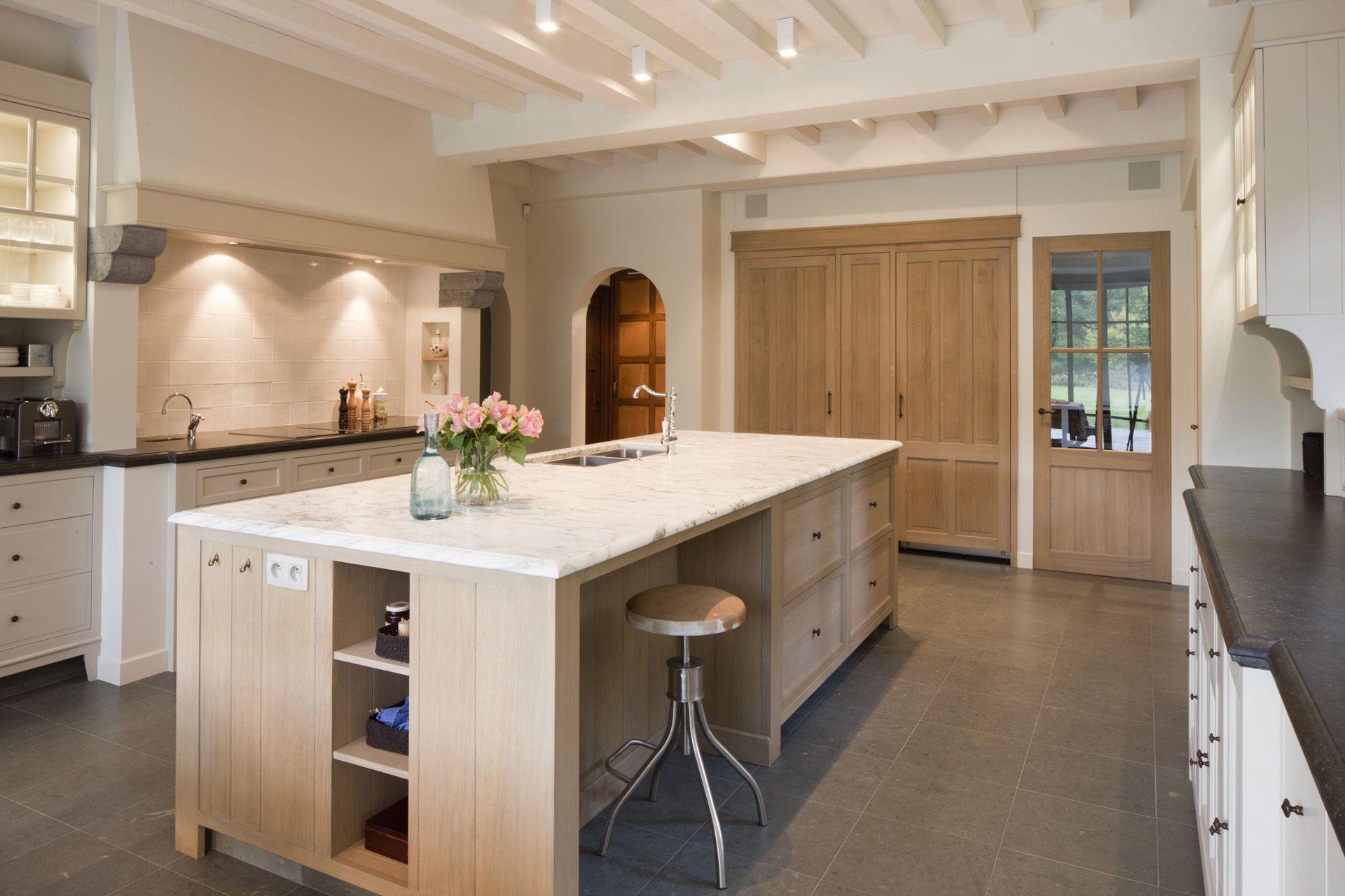 Louis culot keukenwerkbladen in natuursteen marmer klassiek