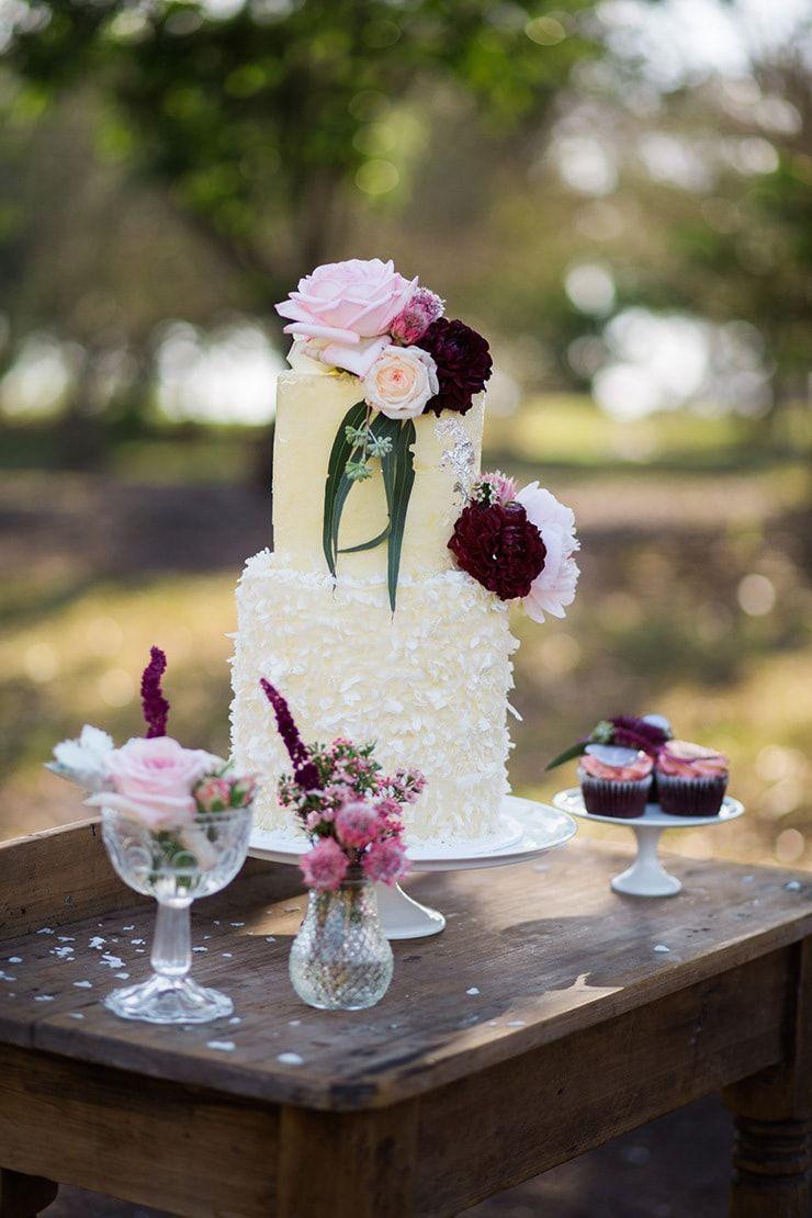 Romantic Berries & Cream Wedding Inspiration