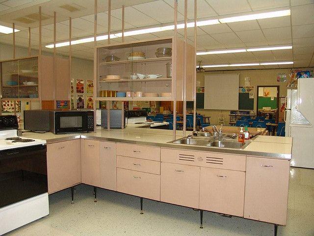 1960s Geneva Steel Kitchen Cabinets Steel Kitchen Cabinets Kitchen Cabinets Mid Century Modern Kitchen