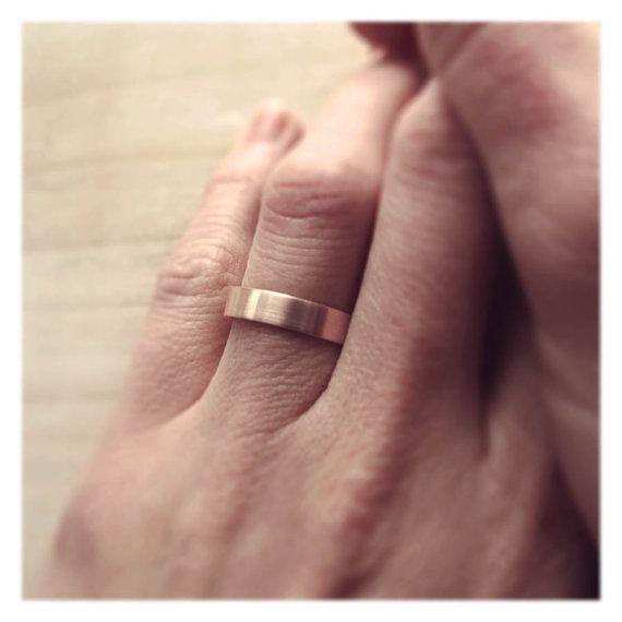 Ring 4mm Wide Women S Rose Gold Wedding