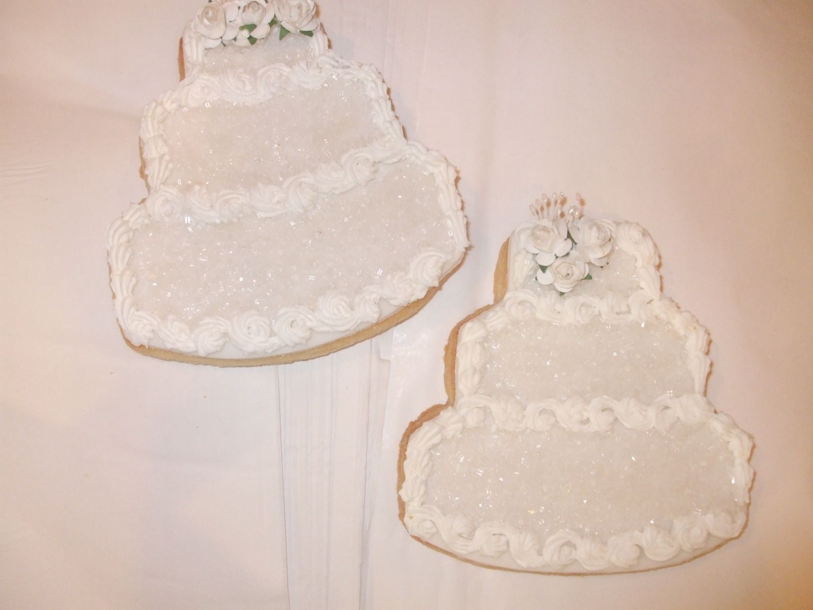 Wedding cake cookies Wedding cake cookies, Cake cookies