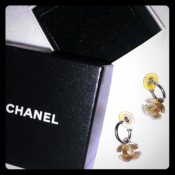 CHANEL Earrings Two toned interlocking C's. Purchased CHANEL boutique Michigan Ave Chicago CHANEL Jewelry Earrings
