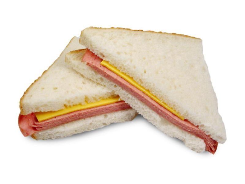 Une bonne sandwich au baloney pour le lunch à l'école ...