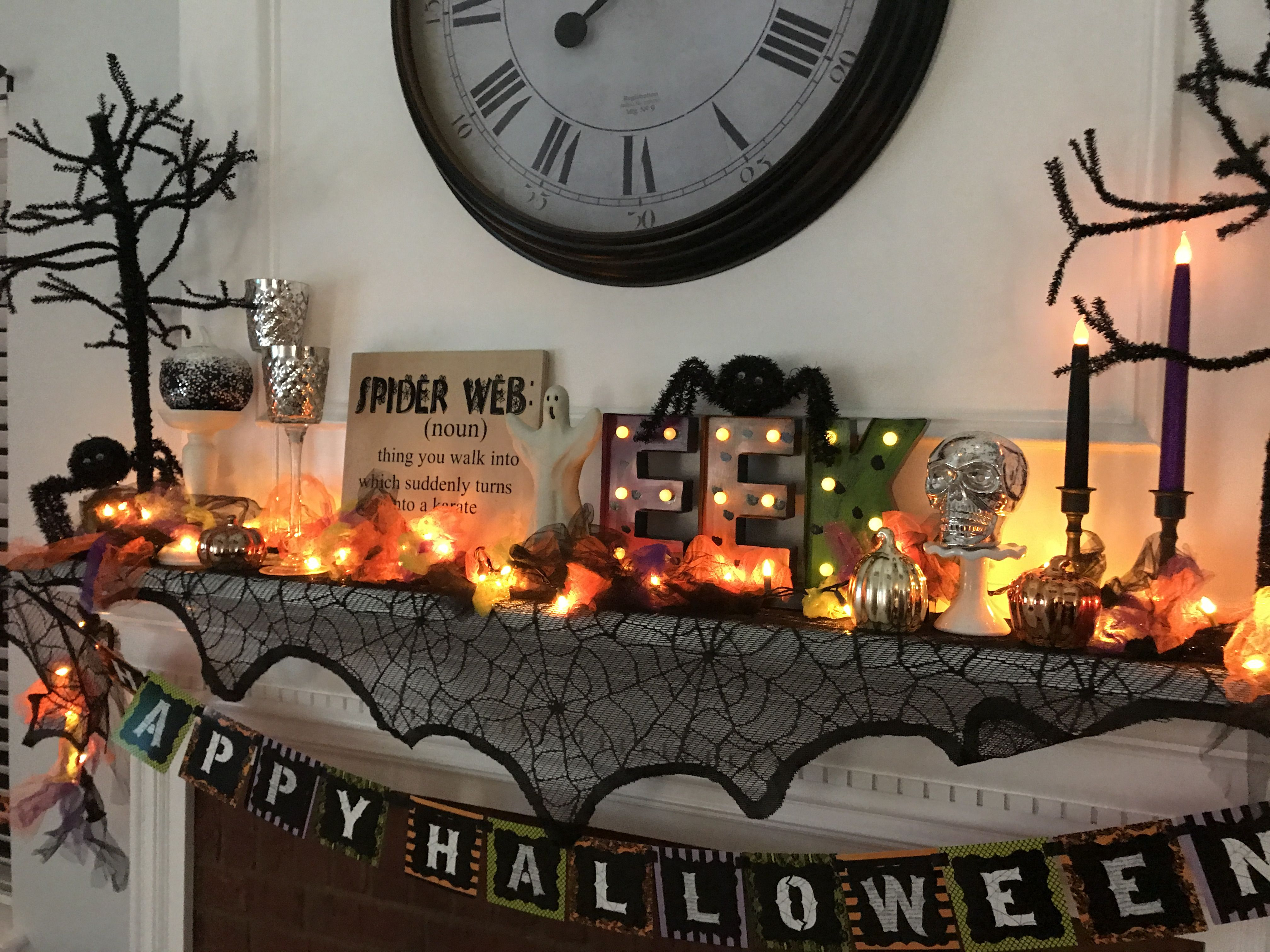 Hallo Halloween Decoraties : Halloween mantle halloween