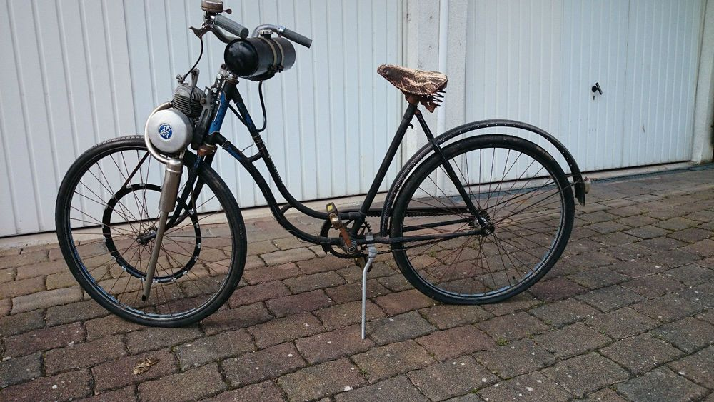 adler oldtimer fahrrad mit rex hilfsmotor aus den 50ern. Black Bedroom Furniture Sets. Home Design Ideas