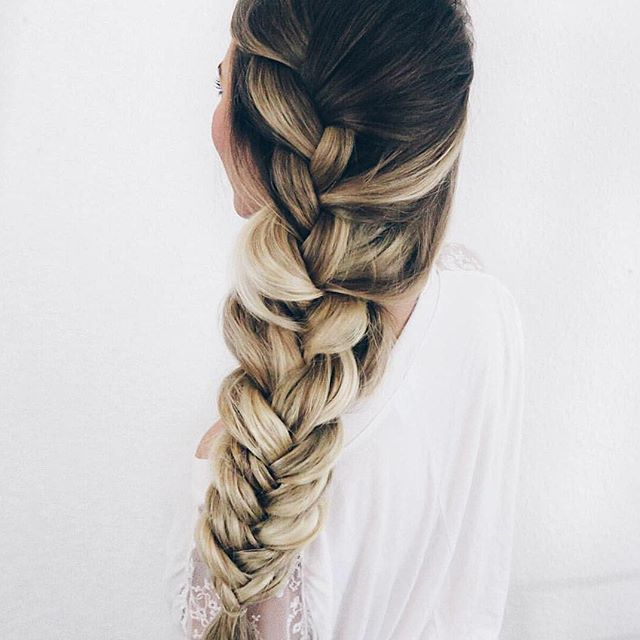 EXTRA thick braids thanks to @luxyhair extensions  Get your own via link in bio xoxo Photo @sarah.nourse