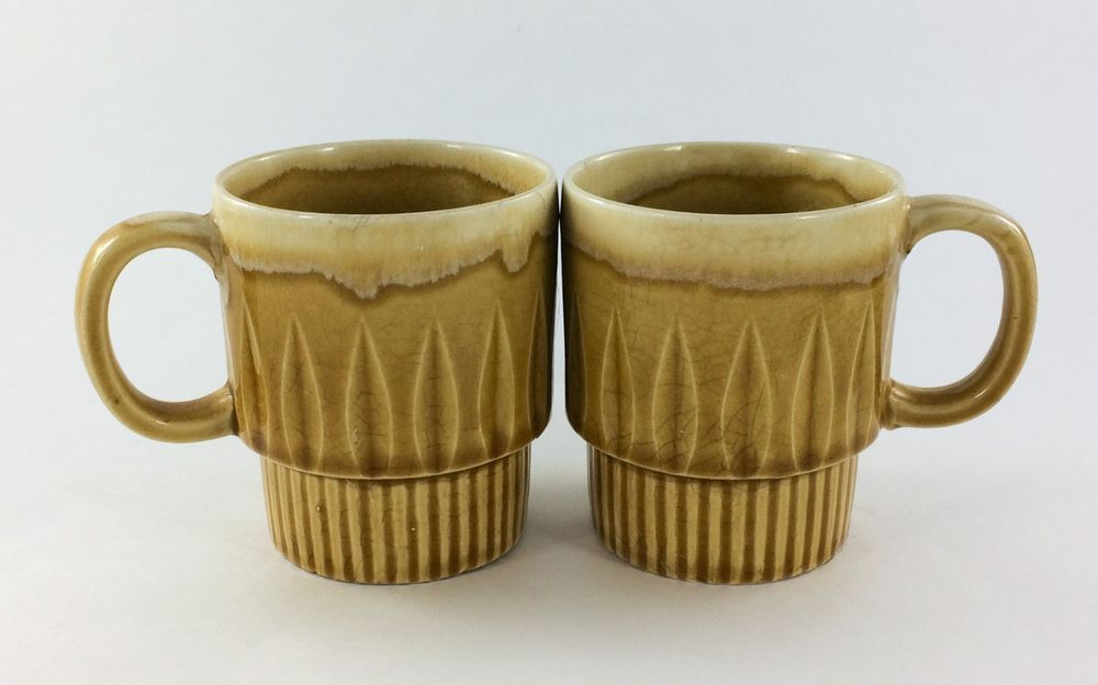 Set Of 2 Vintage Retro Yellow Stackable Coffee Mugs Mugs Stand 3 12