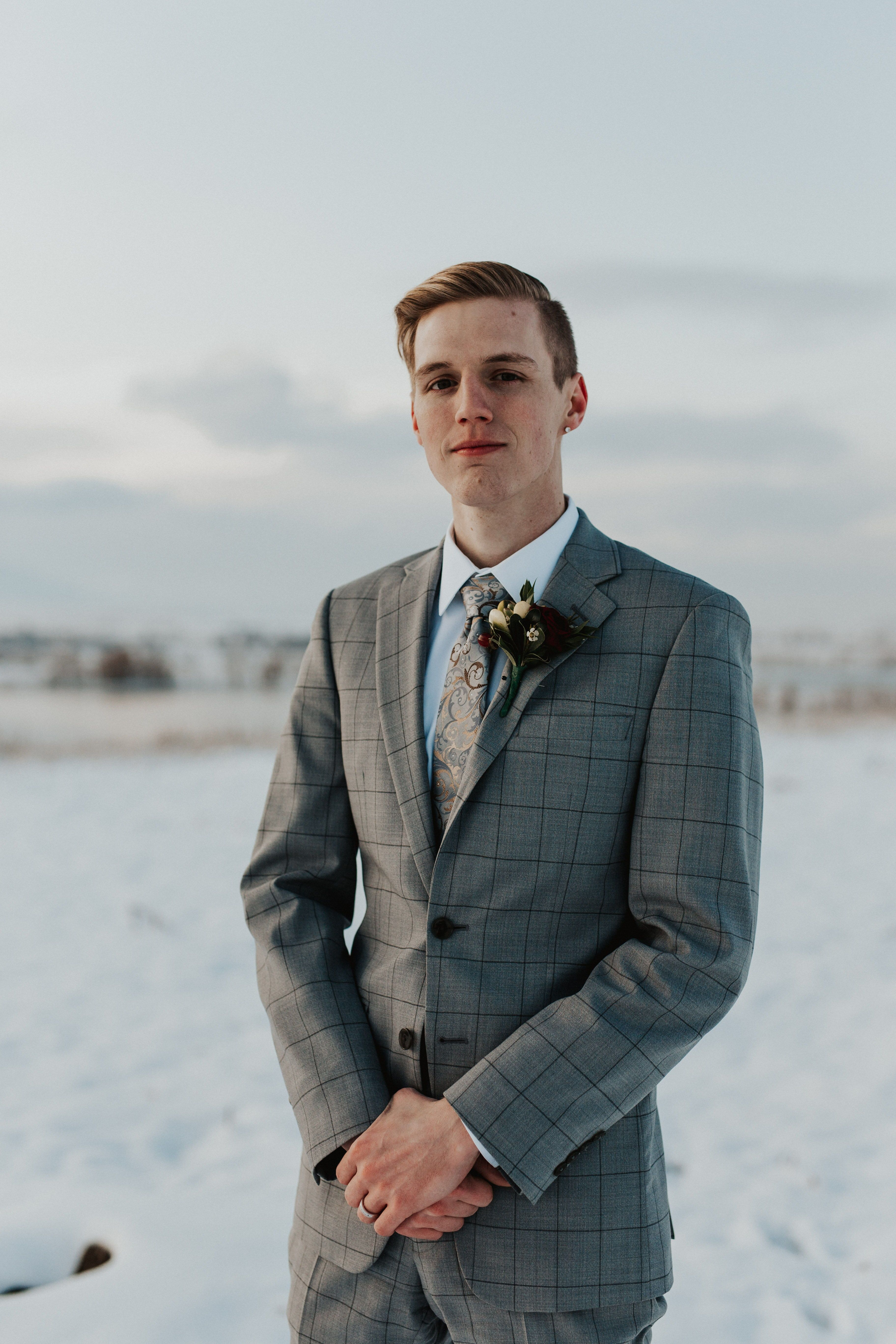 Photo of Traveling Elopement Photographer | Cassandra Vagher Creative |Colorado