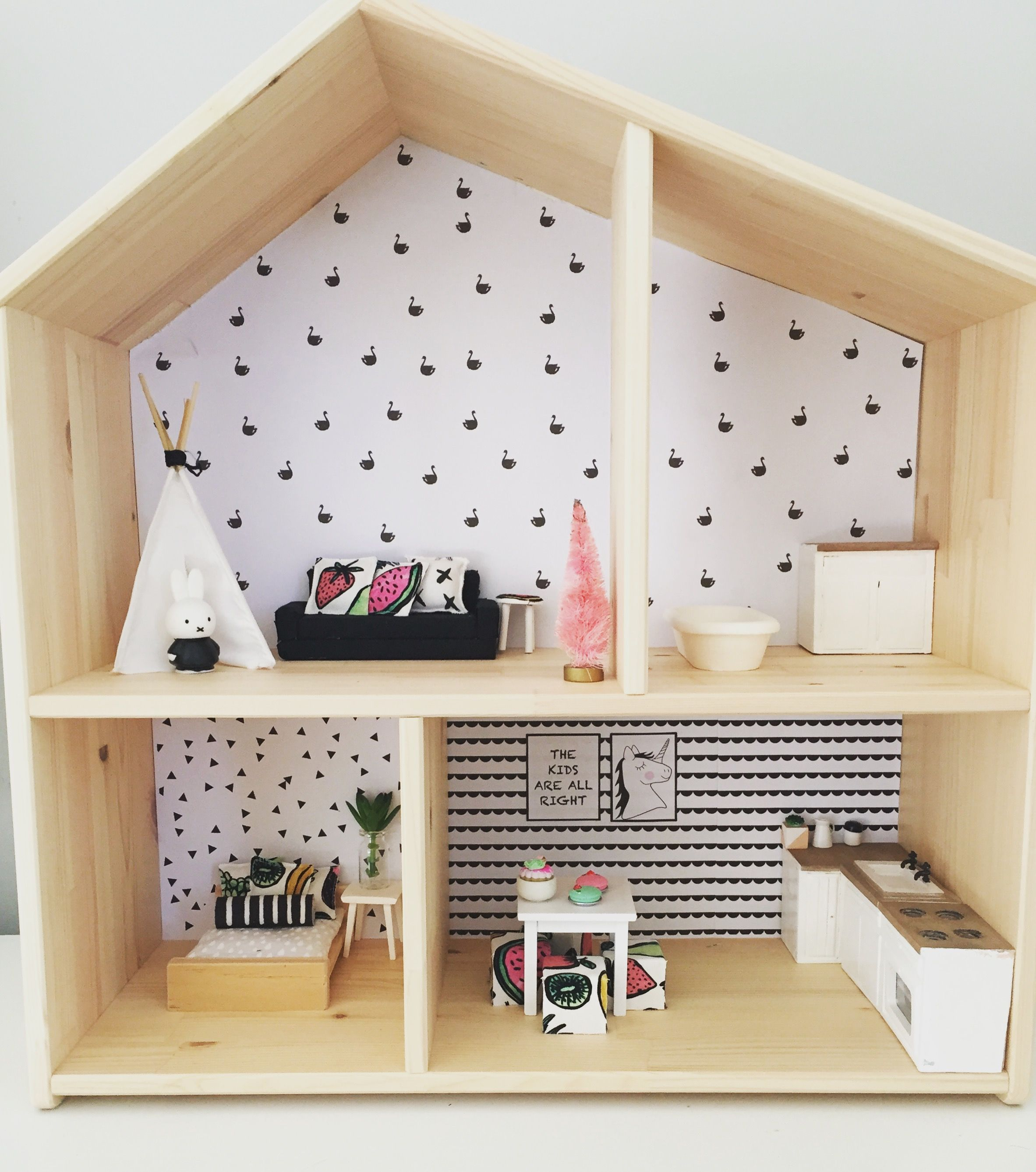 Ikea flisat hack modern dollhouse renovation 1 12 scale monochrome decor girls dollhouse for Ikea casa bambole