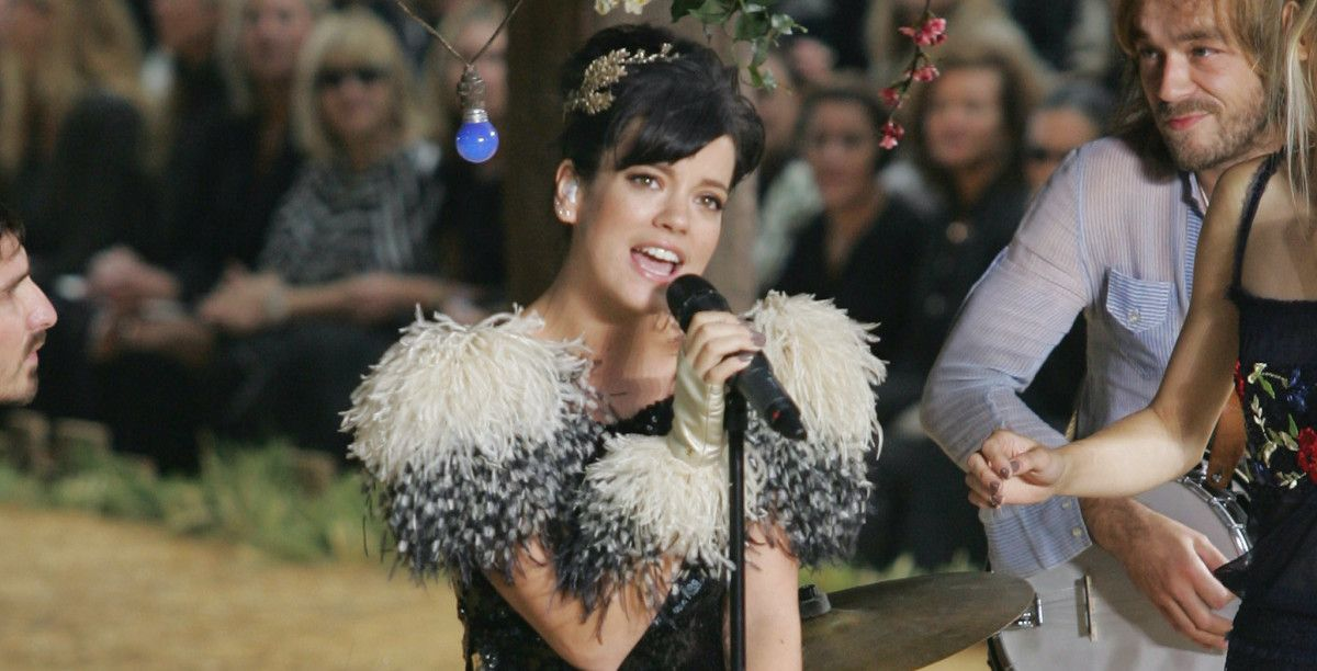 Great Outfits in Fashion History Lily Allen Takes a Romp
