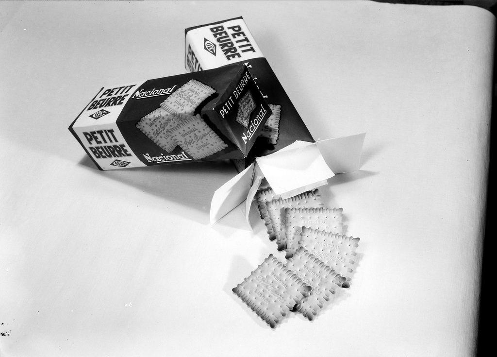 Fotografia sem data. Produzida durante a actividade do Estúdio Mário Novais: 1933-1983.  [CFT003 066035.ic]