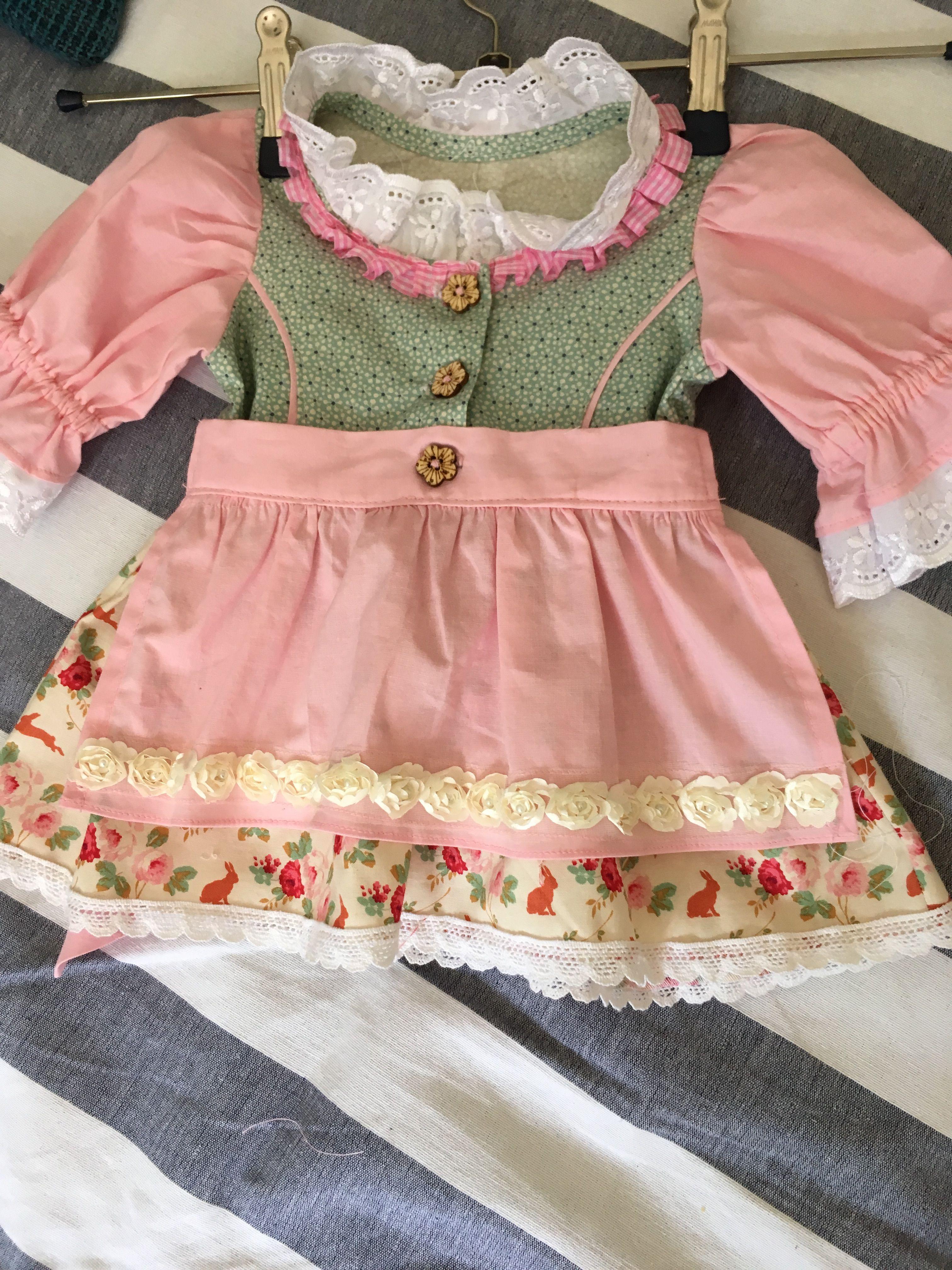 ece79a63ad Babydirndl Gr. 74 | Kinderklamotten, Nützliches für Kids, | Fashion ...
