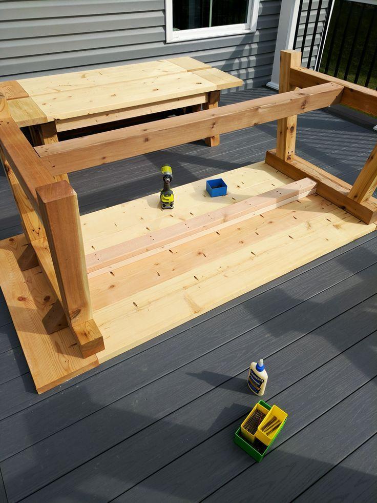 DIY farmhouse table build, timbered table, outdoor table, woodworking ...  #build #farmhouse ... #projekteimfreien