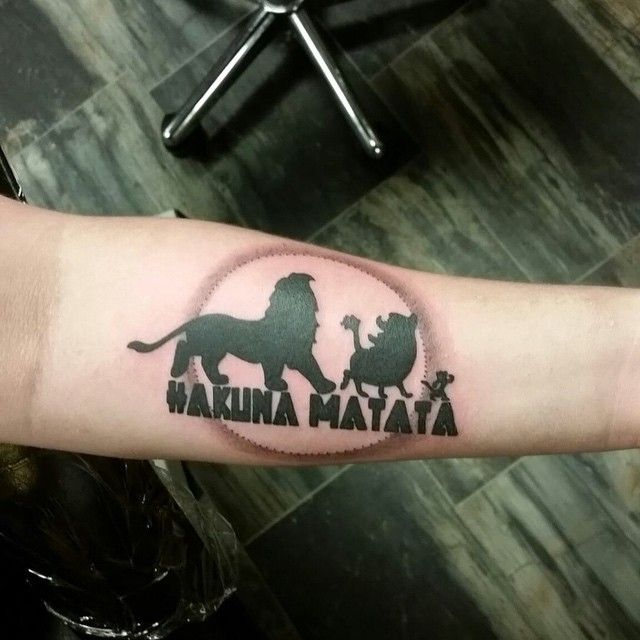 40 Inspiring Hakuna Matata Symbol Tattoos Its Meaning Drawing