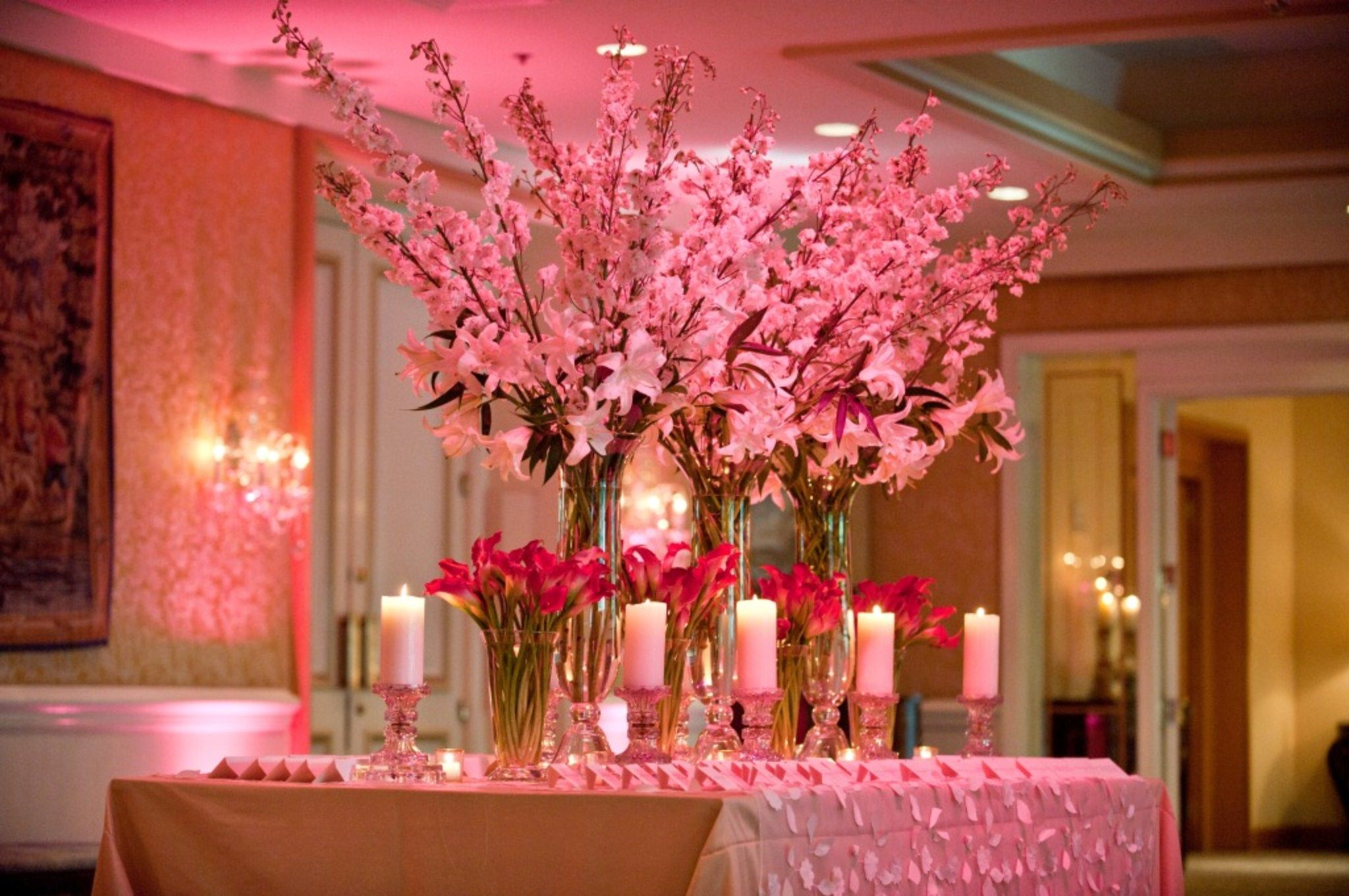 Spring Wedding Flower Arrangements Combined With Lovely Purple ...
