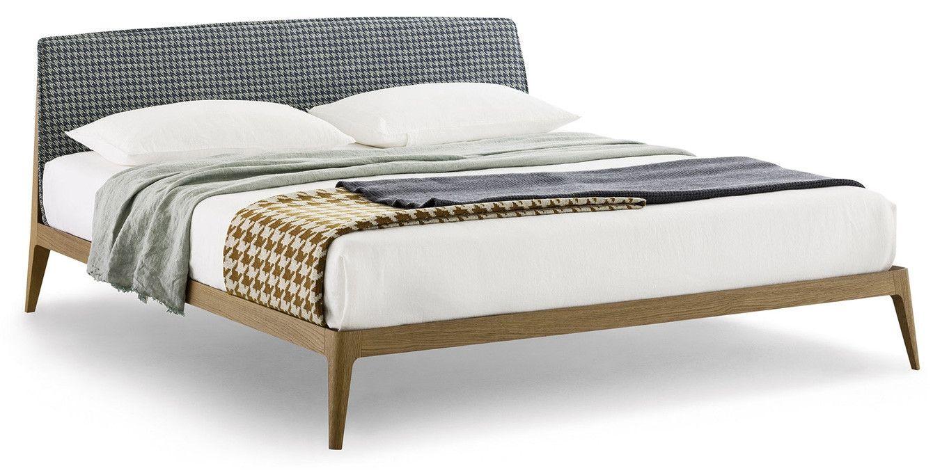 Siri Novamobili Design: Studio Gherardi Das Bett Siri besticht mit ...