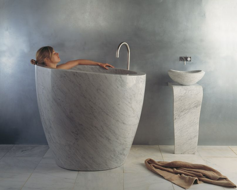 Stone Forest has introduced the Eau Soaking Tub, an ofuro, or  Japanese-style soaking tub, hand-carved out of a single hunk of exquisitely  veined Carrara ...