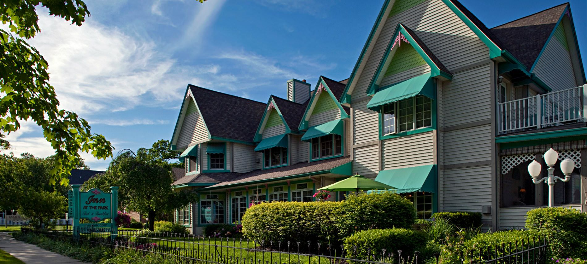 Bed and breakfast, Stay the night, South haven