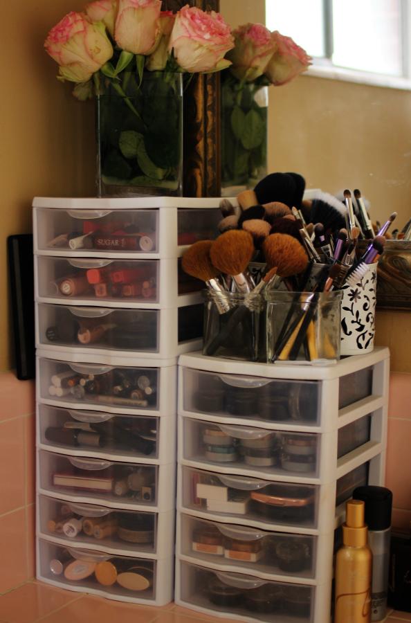 Makeup Cabinet Mirror Lights Makeup Storage Bins Makeup Organization Diy Make Up Storage Makeup Storage