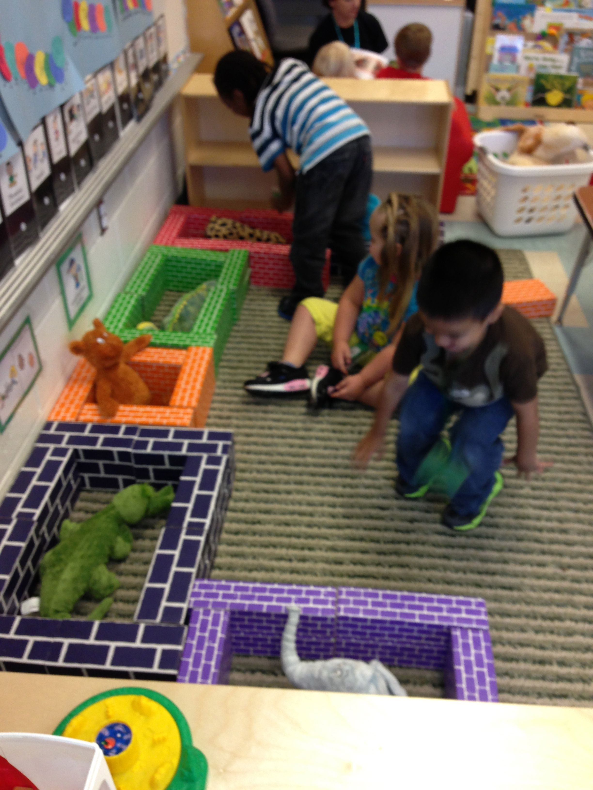 Creating Cages For Stuffed Zoo Animals In The Block Center
