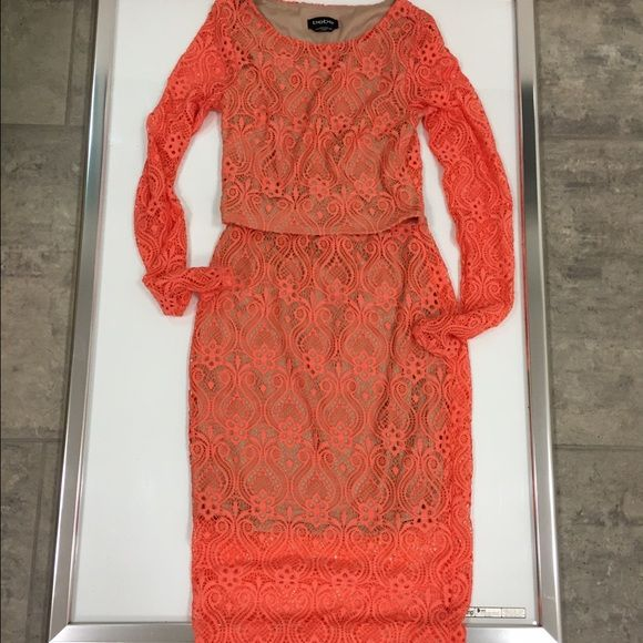 Bebe coral nude lace crop top midi skirt dress xxs Bebe coral nice lace crop top midi skirt dress set size xxs ..pre-loved and only used once for a few hours..like new condition bebe Dresses Midi