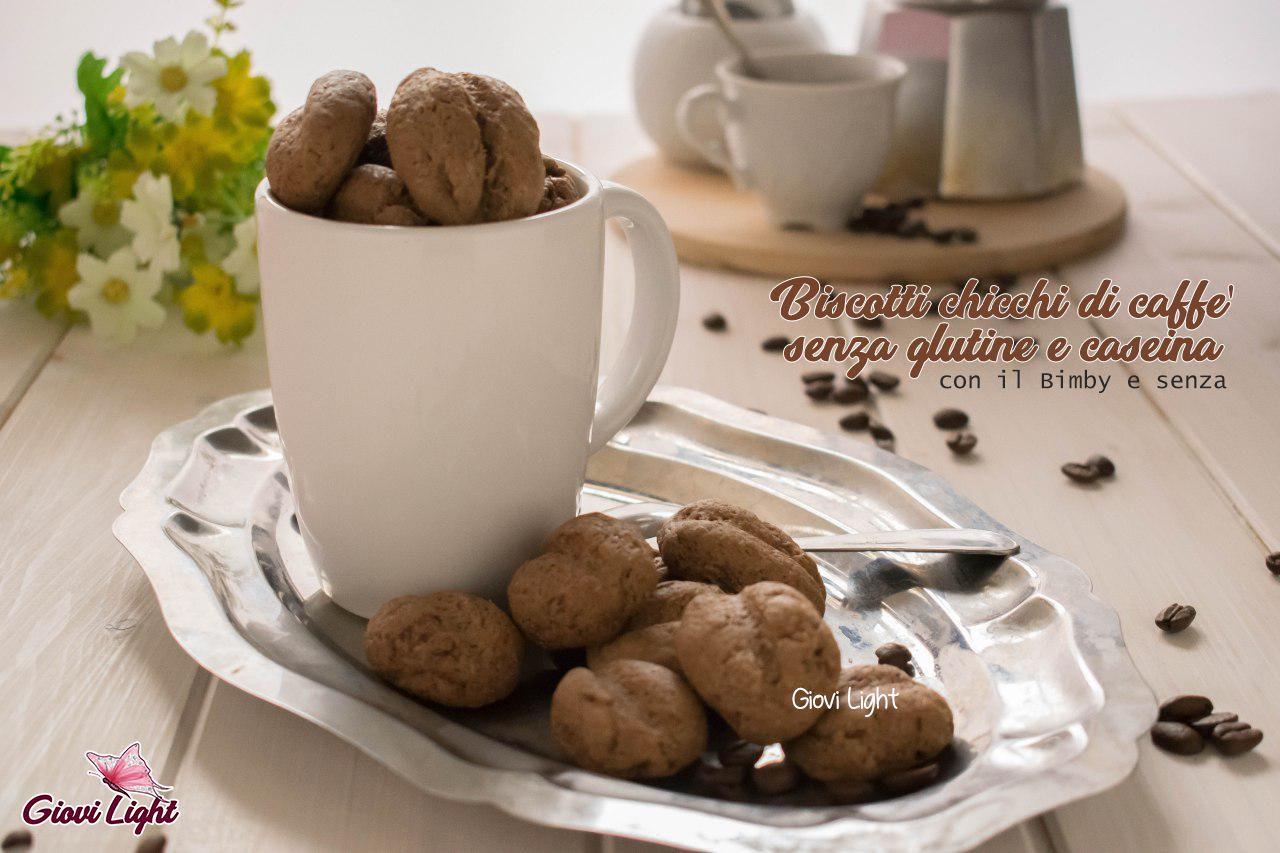Biscotti chicchi di caffè senza glutine e caseina con il