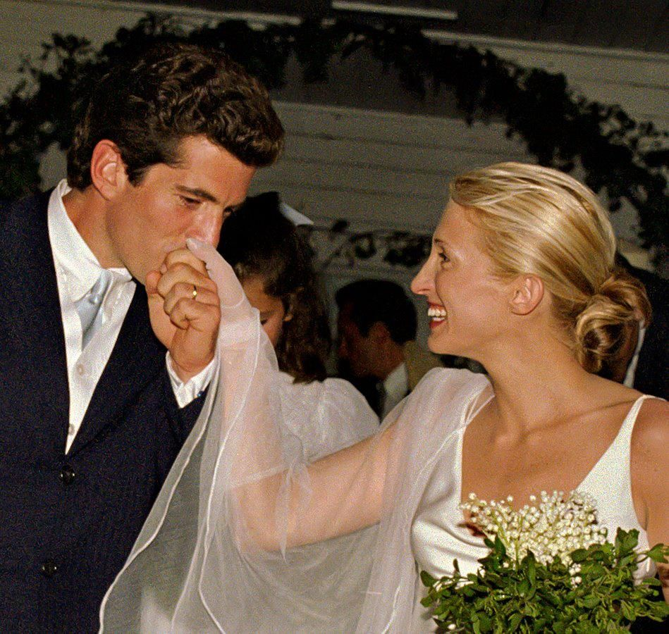 Caroline Bassett Kennedy Wedding Dress: People We Love Caroline Basset & John F. Kennedy Jr