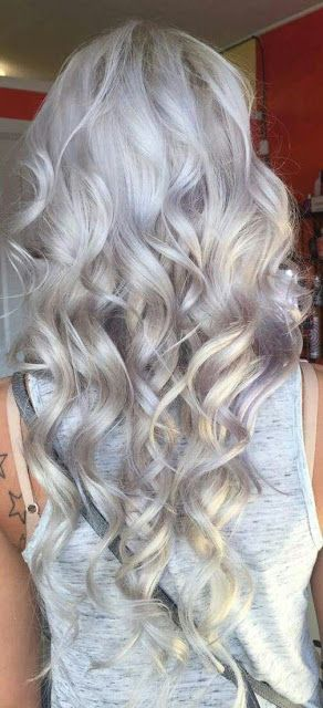 Beautiful Wavy Gray Hairstyle Silver Hair Color Granny