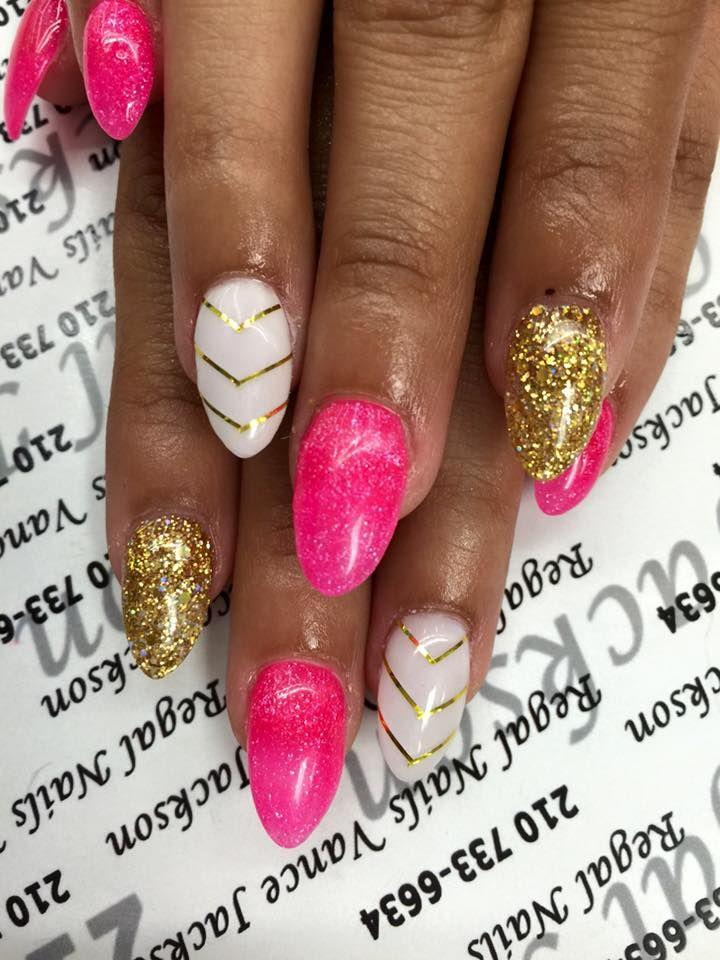 Hot Pink Nail Polish Hot Pink Nails Hot Pink Manicure Gold Nails