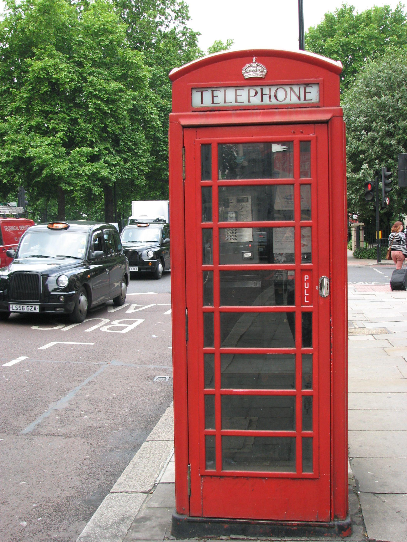 Londynie;_red_London_phone_box Diy phone holder, Phone