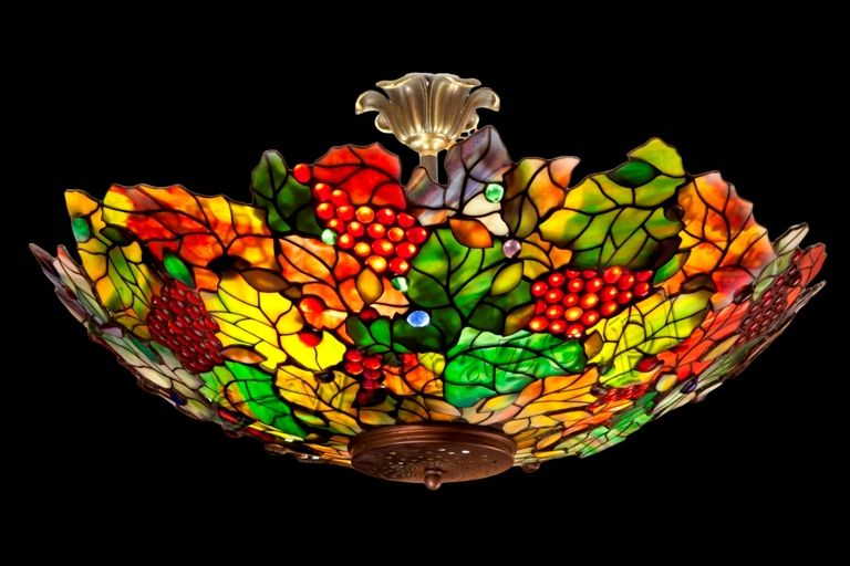 Louis Comfort Tiffany Grapes hanging lamp, handcrafted by Wieniawa-Piasecki Workshop