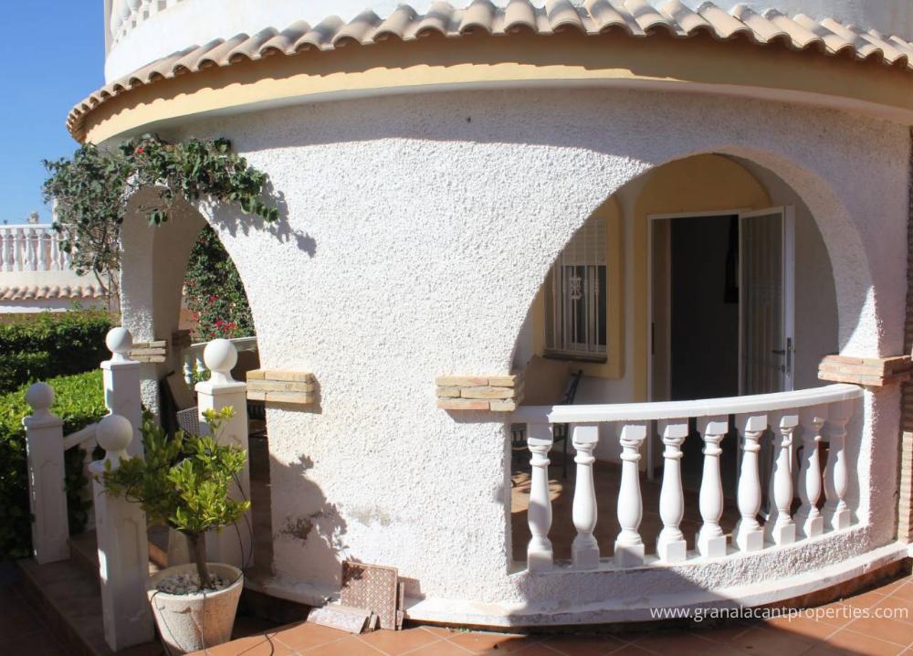 REF 10054 SouthFacing 3 Bed Villa In Gran Alacant