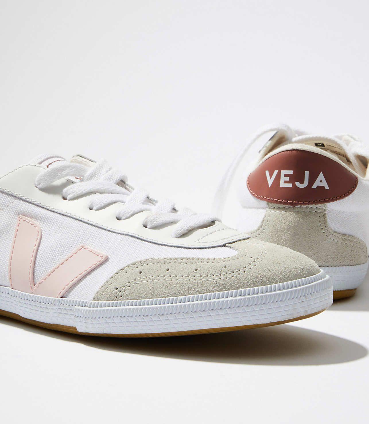 Veja Volley White Petale Dried Petal