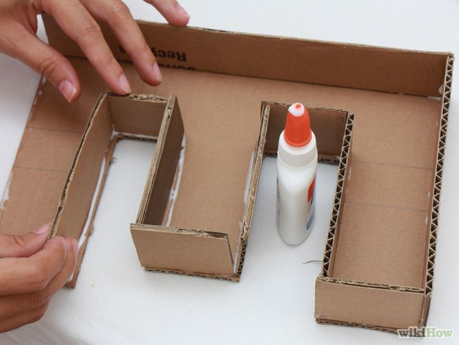 Using PVA glue, stick the strip to a letter DIY Pinterest - how to make a letter